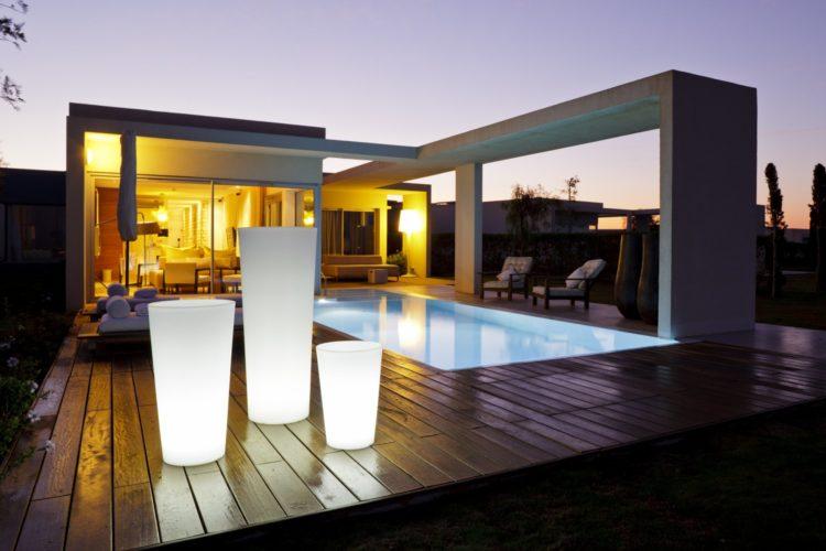 Objets lumineux sur terrasse - LedsPros-France